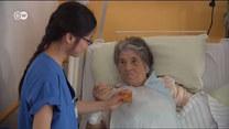 Niemcy. Dramatyczny brak opiekunek i pielęgniarek