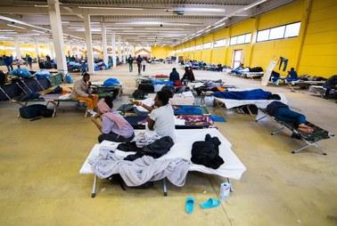 Niemcy: Kilkuset uchodźców pobiło się w ośrodku dla uchodźców