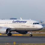 Niemcy. Lufthansa płaci części pilotów 15 tys. euro postojowego