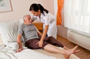 Niemcy mają problem. Płace minimalne dla opiekunek także kiedy śpią?