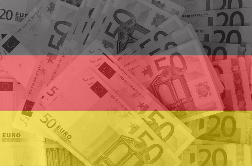 Niemcy mogły zainwestować miliardowe środki unijne w złagodzenie problemów z imigracją biedy /123RF/PICSEL