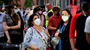 Niemcy: Od poniedziałku surowe obostrzenia dla niezaszczepionych. Maseczki nadal obowiązkowe