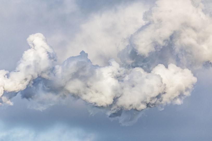 Niemcy planują ograniczyć emisję CO2 do 2030 r. o 55 proc /123RF/PICSEL