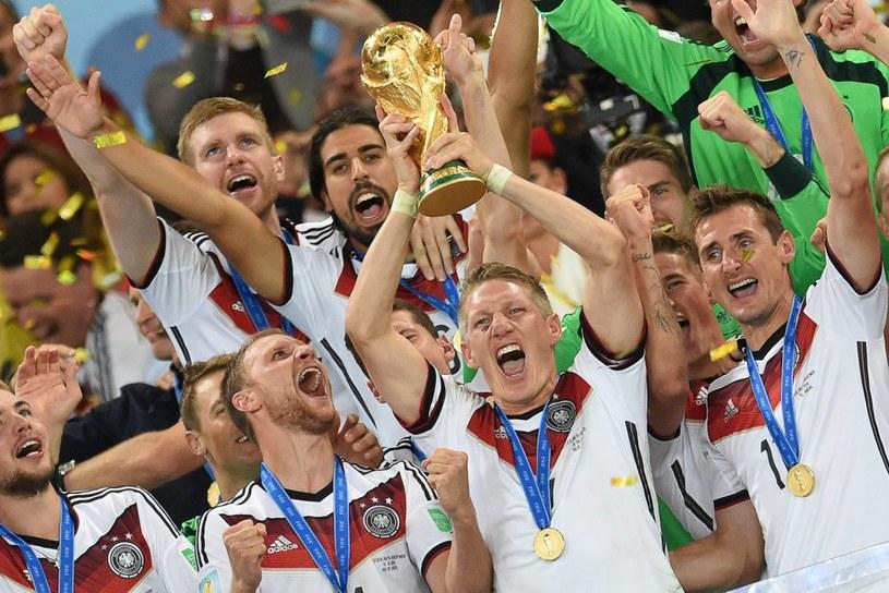 Niemcy po raz czwarty w historii zdobyli Puchar Świata /PAP/EPA