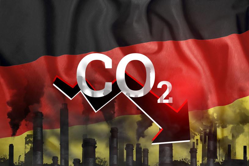 Niemcy prą do zmniejszenia emisji /123RF/PICSEL