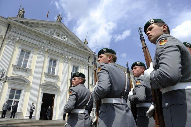 Niemcy przygotowują swój kraj na ewentualność ataku w cyberprzestrzeni /AFP