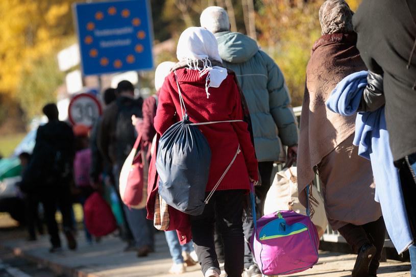 Niemcy przyjmą 10 tys. dodatkowych uchodźców; Zdj. ilustracyjne /Johannes Simon /Getty Images