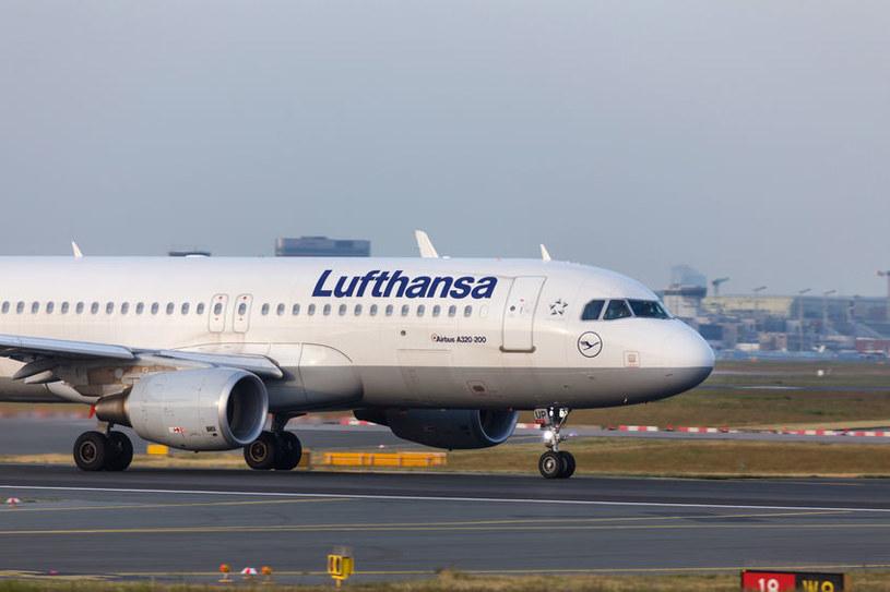 Niemcy ratują Lufthansę budżetowymi pieniędzmi /123RF/PICSEL