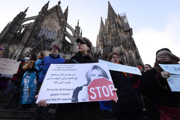 Niemcy są zszokowani skalą przestępstw popełnionych przez mężczyzn z Bliskiego Wschodu lub Afryki Północnej /AFP