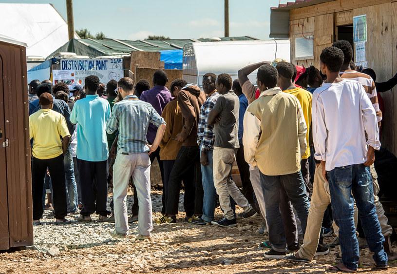 Niemcy spodziewają się w tym roku 300 tys. uchodźców /AFP