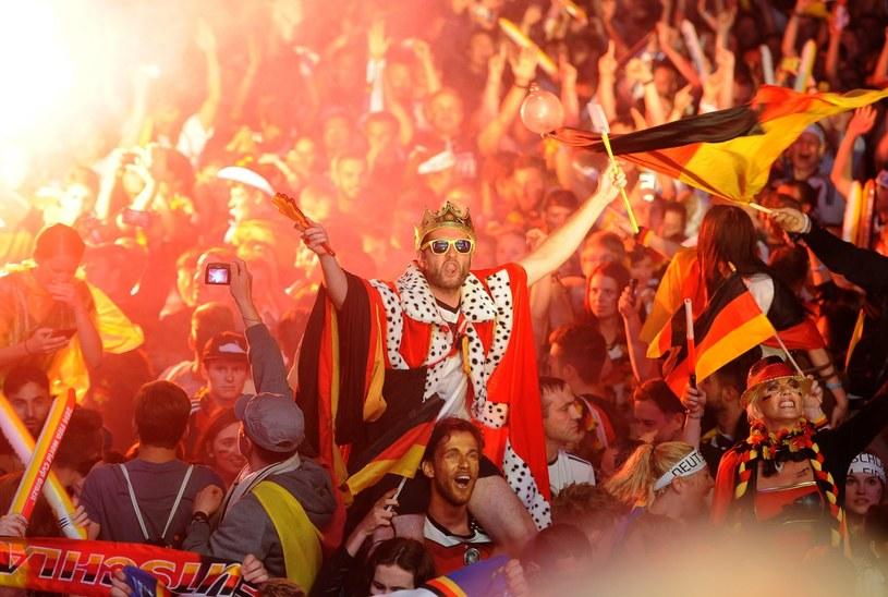 Niemcy świętują w Berlinie mistrzostwo świata /PAP/EPA
