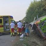 Niemcy: Sześć osób ciężko rannych w wypadku autokaru