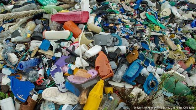 Niemcy uchodzą za fanatyków ekologicznego stylu życia. Dlaczego produkują tyle plastikowych śmieci? /Deutsche Welle