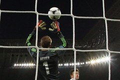 """Niemcy wygrali z Danią - dramatyczny pojedynek w grupie """"B"""""""