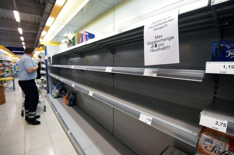 Niemcy: Zakaz nadmiernych zakupów; zdj. ilustracyjne /AFP