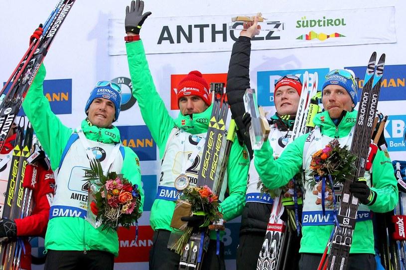 Niemieccy biathloniści na podium zawodów PŚ w Anterselvie /PAP/EPA