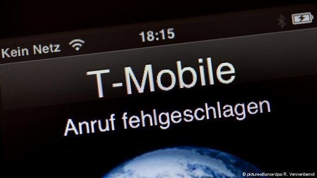 Niemieccy użytkownicy smartfonów mają kłopoty z zasięgiem /fot. picture-alliance/dpa/R. Vennenbernd /Deutsche Welle