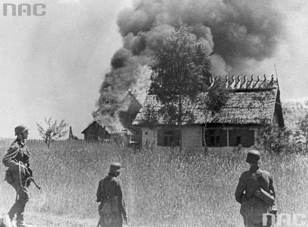 Niemieccy żołnierze na Kresach (zdjęcie ilustracyjne) /Z archiwum Narodowego Archiwum Cyfrowego