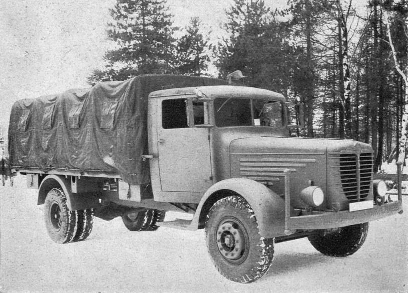 Niemiecka ciężarówka /Odkrywca