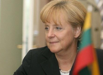 Niemiecka kanclerz jest jedną z mniej licznych reprezentantek Europy na liście Forbesa /AFP