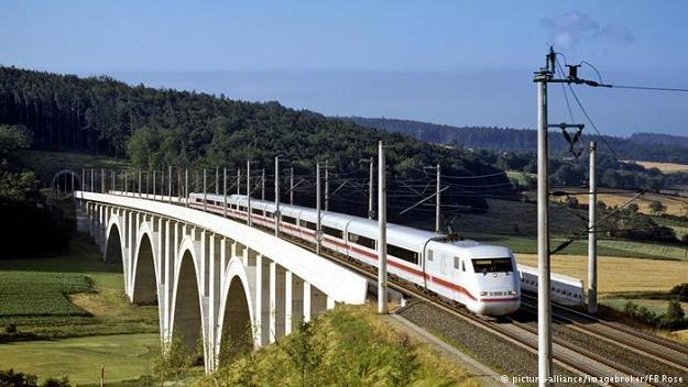 Niemiecka kolej boryka się z problemami /fot. picture-alliance/imagebroker/FB Rose /Deutsche Welle