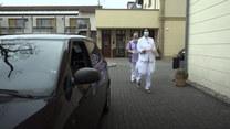 Niemiecka lekarka leczy na ulicy