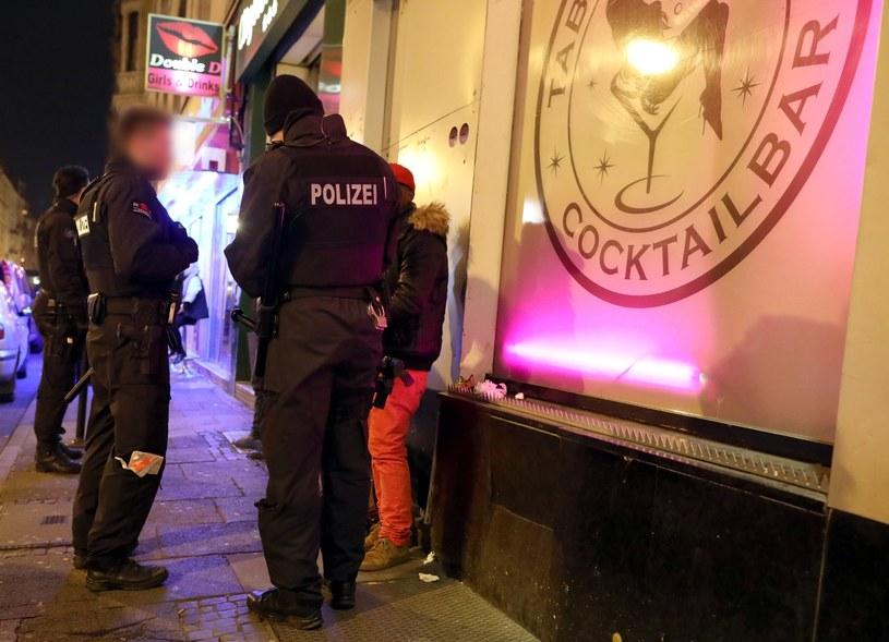 Niemiecka policja nie zdradza szczegółów akcji /PAP/EPA