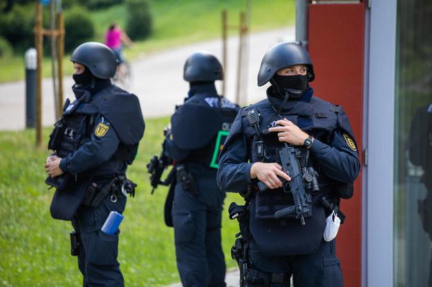 Niemiecka policja prowadziła poszukiwania na szeroką skalę /PHILIPP VON DITFURTH /PAP/EPA
