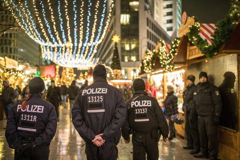 Niemiecka policja, zdj. ilustracyjne /MICHAEL KAPPELER /PAP/EPA