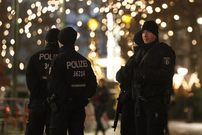 Berlińscy Policjanci Będą Mogli Pokazywać Tatuaże Fakty