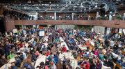 Niemiecki dziennik ostro: Europa udławi się skąpstwem i hipokryzją