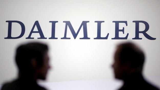 Niemiecki gigant motoryzacyjny Daimler został oskarżony o korumpowanie zagranicznych rządów /AFP