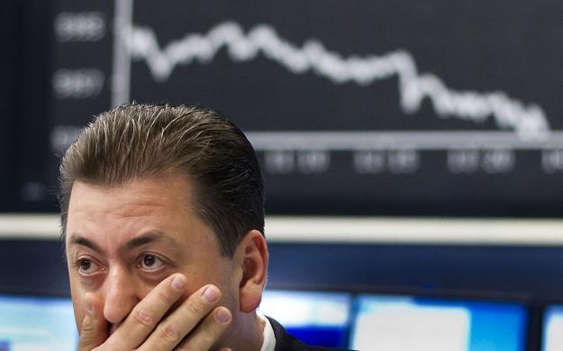 Niemiecki indeks DAX na zamknięciu sesji spadł o 1,9 proc. i wyniósł 6 444,74 pkt /AFP