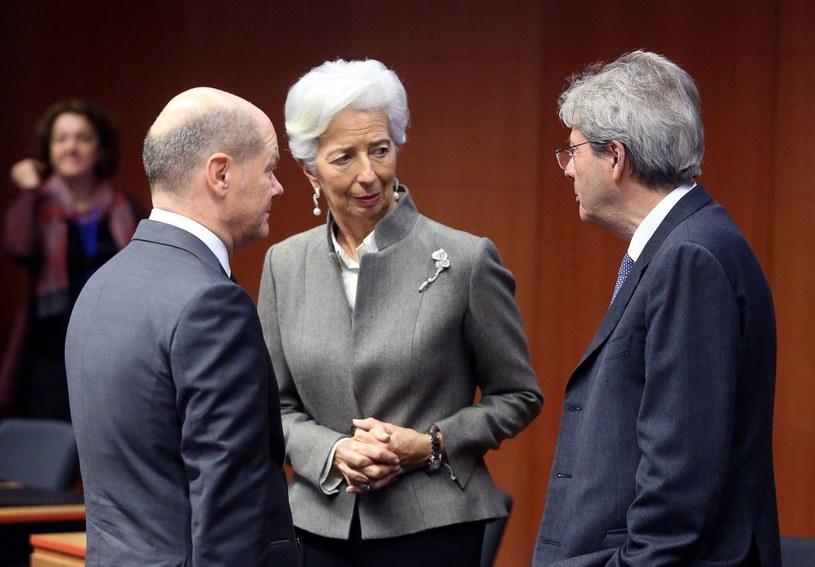 Niemiecki minister finansów Olaf Scholz, szefowa Europejskiego Banku Centralnego Christine Lagarde i komisarz ds. gospodarczych Paolo Gentiloni /AFP