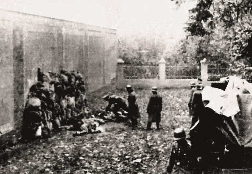 Niemieckie zdjęcia z egzekucji w Lesznie 21 października 1939 roku /