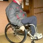 Niepełnosprawny radny nie złożył ślubowania. Bo nie mógł wejść na piętro