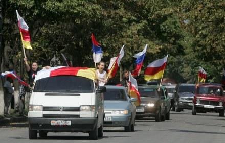 Niepodległościowa radość w Osetii... /AFP