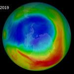 Niepokojąco duża dziura ozonowa nad Antarktyką