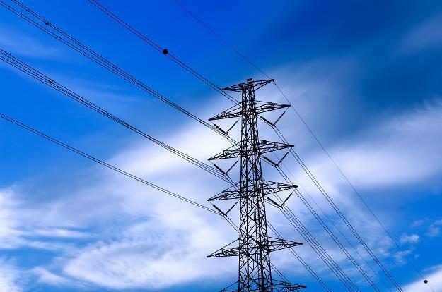 Niepokojącym sygnałem jest spadek popytu na energię elektryczną /©123RF/PICSEL
