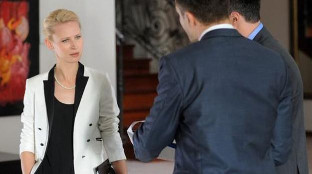 Niepokorna bizneswoman początkowo będzie sprzeciwiać się decyzjom ochrony. Jednak z czasem.... /MTL Maxfilm