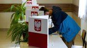 """""""Niepozorna"""" zmiana w kodeksie wyborczym? PiS chce wykreślić jeden przecinek"""