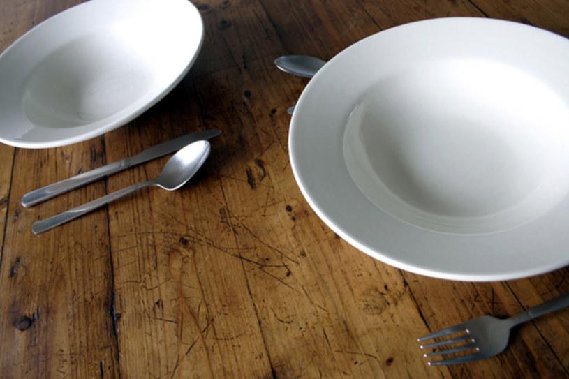 nieregularne posiłki /© Photogenica