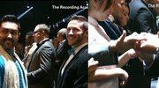 Niesamowite! 33 pary wzięły ślub na gali Grammy!