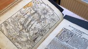 """Niesamowite odkrycie unikatowej """"Biblii Lutra"""""""