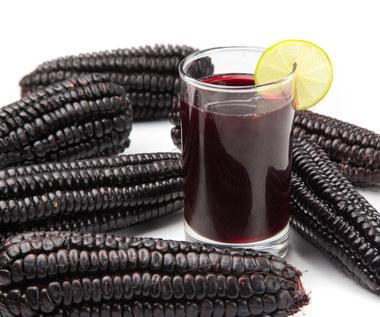 Niesamowite zalety picia soku z fioletowej kukurydzy