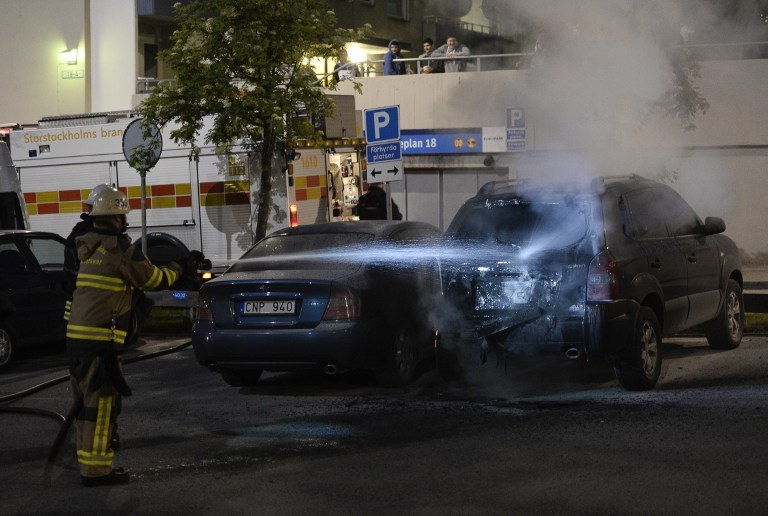 Niespokojnie na przedmieściach Sztokholmu /PAP/EPA