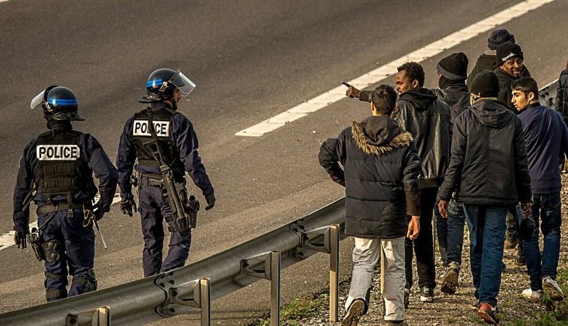 Niespokojnie we Francji, doszło do starć w obozie dla migrantów /AFP