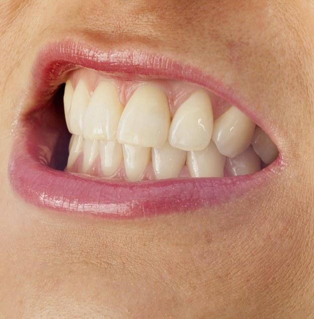 Niestety, wielu sportowców nie może pochwalić się takimi zębami. / Alexander Bernhard/CHROMORANGE    /PAP/EPA
