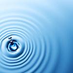 Nietypowe zachowanie cząsteczek wody
