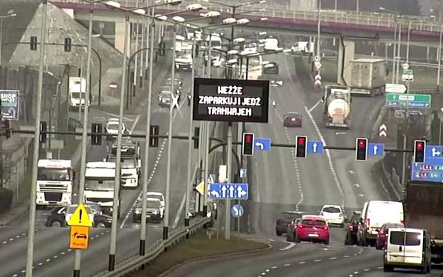 Nietypowy ekran tuz przed wjazdem do Krakowa /Przemysław Błaszczyk /RMF FM